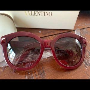 Brand spanking new Valentino sunglasses